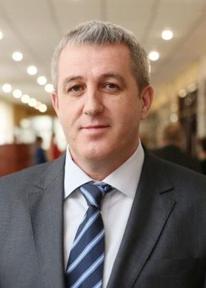 Деккерт Валерий Андреевич